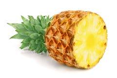 Przyrodni ananas odizolowywający na białym tła zbliżeniu Fotografia Royalty Free