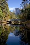 Przyrodni kopuły behindSentinel most Zdjęcie Royalty Free