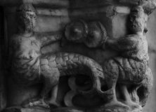 Przyrodnie ludzkie przyrodnie zwierzęce istoty na cathedralszpaltowej części 3 Obrazy Stock
