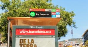 Przystanku autobusowego Pg BonaNova na przedmieściach Barcelona zdjęcie stock