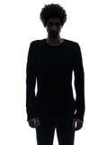 Przystojna afrykańska poważna młody człowiek sylwetka Zdjęcie Stock