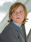 przystojna chłopiec myśl Fotografia Stock