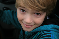 Przystojna chłopiec, 9-10 lat Fotografia Stock
