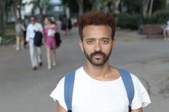 Przystojnego Brazylijskiego mężczyzna plenerowy zakończenie up obraz royalty free