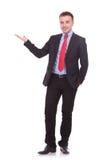 Przystojny biznesowego mężczyzna przedstawiać Fotografia Royalty Free
