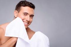 Przystojny facet po prysznic Fotografia Royalty Free