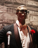 Przystojny męski manequin w smokingu Fotografia Royalty Free