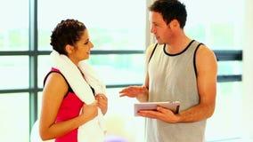 Przystojny powozowy opowiadać sporty kobieta zbiory
