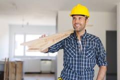 Przystojny pracownik budowlany fotografia royalty free
