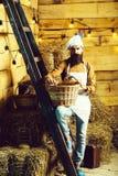 Przystojny szefa kuchni kucharz, piekarz lub zdjęcie stock
