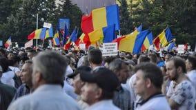 PSD στο Βουκουρέστι, εκατοντάδες χιλιάδες των ανθρώπων στην οδό Στοκ εικόνα με δικαίωμα ελεύθερης χρήσης