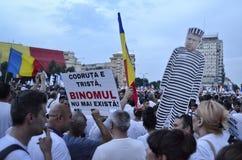 PSD στο Βουκουρέστι, εκατοντάδες χιλιάδες των ανθρώπων στην οδό Στοκ φωτογραφία με δικαίωμα ελεύθερης χρήσης
