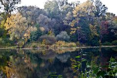 Psel河在秋天 免版税库存图片