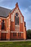 Pseudo-gotische Gemeindekirche stockbild