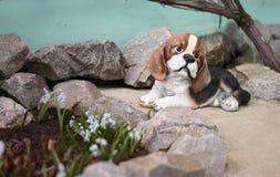 Psi figurka wystrój dla ogródu Fotografia Stock