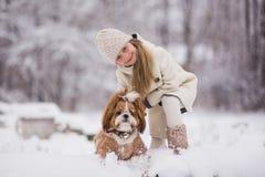 psia dziewczyno jej pet obrazy stock