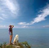 psia dziewczyny przepaści stanowisko Zdjęcie Royalty Free