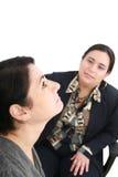 Psicologo o psichiatra che ascolta il paziente Fotografia Stock Libera da Diritti