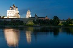 Pskov antigua el Kremlin Imagen de archivo libre de regalías