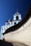 Pskov. Het Kremlin. Stock Foto's