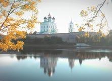 Pskov-Kathedrale Lizenzfreie Stockfotos