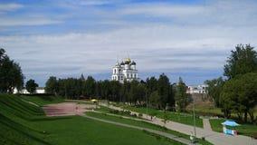Pskov kościół, obciosuje prawie Kremlin zdjęcia royalty free