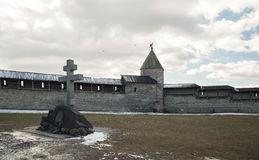 Pskov. Kremlin on background of blue sky and gray clouds Royalty Free Stock Photos