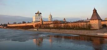 Pskov Krom στο ηλιοβασίλεμα Στοκ φωτογραφίες με δικαίωμα ελεύθερης χρήσης