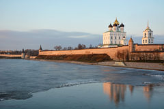Pskov Krom στο ηλιοβασίλεμα Στοκ Εικόνες