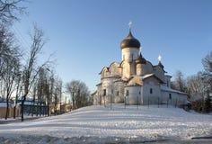 Pskov kyrka royaltyfri foto