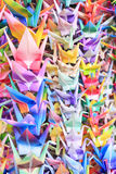 Pássaros em fios Imagens de Stock
