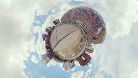 Psychedelic άποψη μέσα του κτηρίου πλατφορμών κυβερνητικής οικονομικής διαχείρισης απόθεμα βίντεο