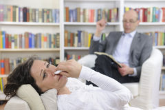Psychologie: Psychologe und Patient Stockbild