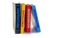 Psychologiebücher auf weißem Hintergrund lizenzfreie stockfotos