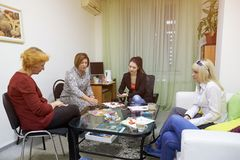 Psychology classes for a group of women using drawing techniques. Rostov-on-Don, Russia - October 1: Psychology classes for a group of women using drawing Royalty Free Stock Photos