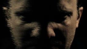 Psychopaat van de waanideeën de krankzinnige schizofrenie en de geestelijke samenvatting van de gezondheidswanorde stock video