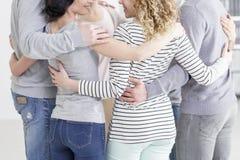 Psychotherapy grupowy przytulenie fotografia royalty free