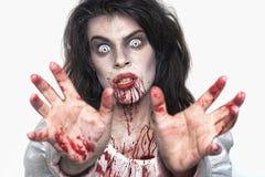 Psykotisk blödande kvinna i en Themed bild för fasa Royaltyfri Bild