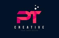 PT P T与紫色低多桃红色三角概念的信件商标 免版税图库摄影