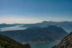 Ptaka oka widok zatoka Kotor zdjęcia stock