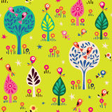 Ptaki w drzewo natury lasu wzorze Zdjęcia Royalty Free