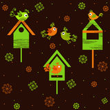 Ptaki z birdhouses Obrazy Royalty Free