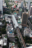 Ptasiego oka widok autostrady w Bangkok mieście Zdjęcie Stock
