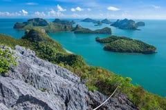 Ptasiego oka widok Denny Tajlandia, Mu Ko Ang paska wyspa obywatel P Fotografia Stock