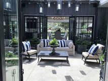 Pátio exterior bonito - pátio Fotografia de Stock Royalty Free
