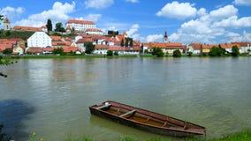 Ptuj, Eslovenia, lapso de tiempo panorámico tiró de la ciudad más vieja en Eslovenia metrajes