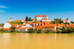 Ptuj, Eslovenia Paisaje urbano de la ciudad europea vieja imagen de archivo