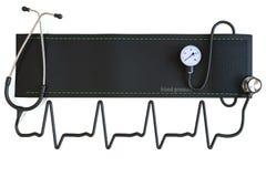 Puño de la presión arterial con el estetoscopio en la forma de una forma de onda del corazón. foto de archivo libre de regalías