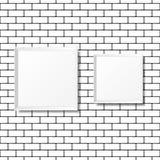 Puści biali plakaty na ściana z cegieł Puste kanwy realistyczny Zdjęcie Stock