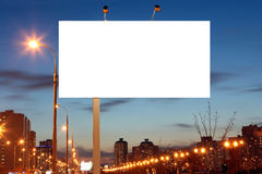 Puści pobocze billboardy przy wieczór w mieście zdjęcia stock